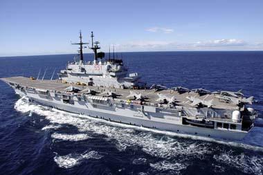 La portaerei un po 39 di storia - Nave portaerei ...